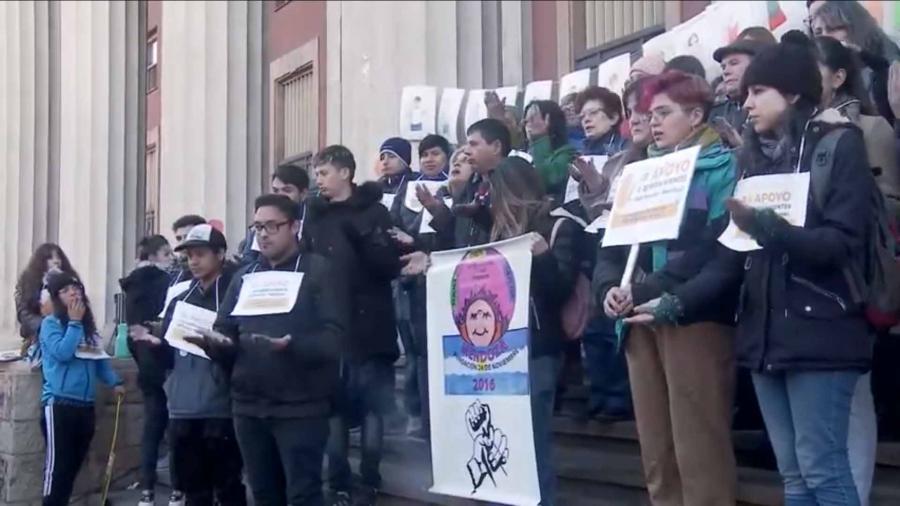 Familiares, amigos y víctimas de los abusadores del Próvolo